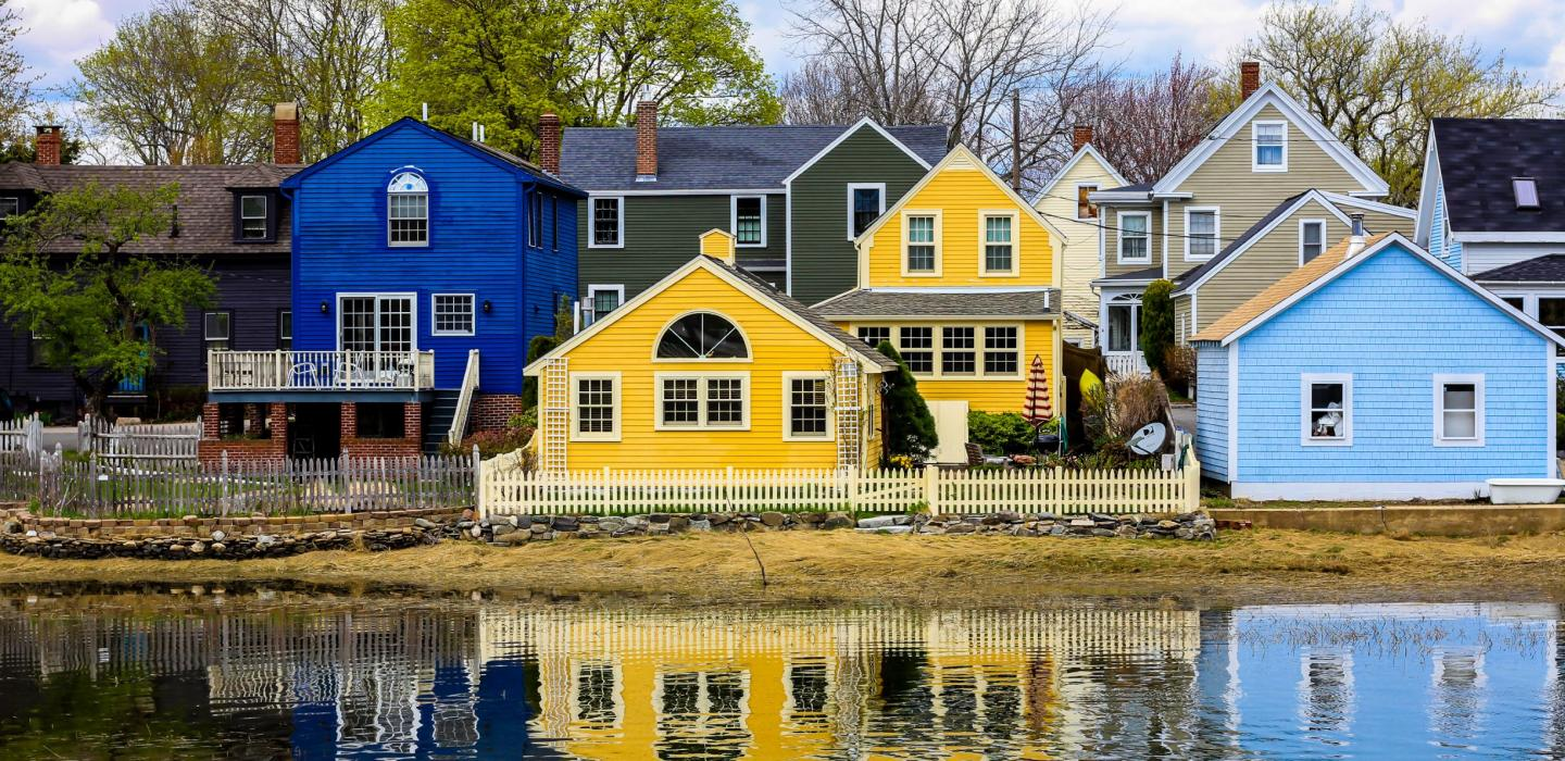 Beachfront houses lines up in New Hampshire.
