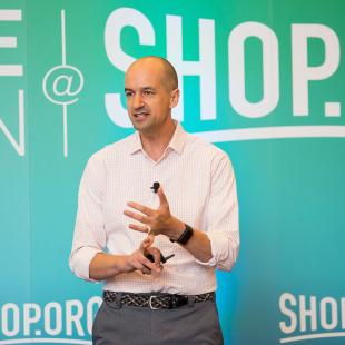 Pascal Finette of radical Ventures speaking at ShopOrg