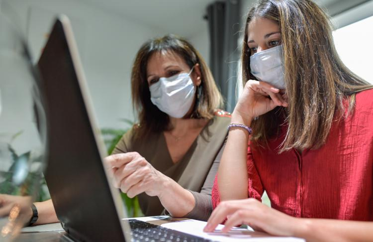 employees with masks
